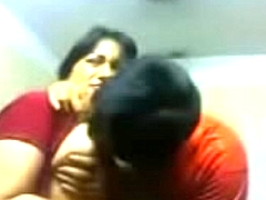 Amateur Indian couple pat sensually put to rights up