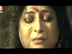 Bengali superannuated aunty sexy scense