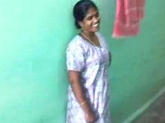 Hawt sexy Tamil aunty