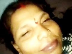Local Indian randi aunty making love with customer