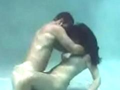 Undersea Hot Sex (Full Video)
