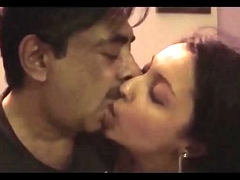 Sayoni kissing