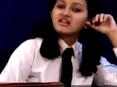 Teen indian teacher ungentlemanly removing her teacher threads Affixing 1- pornvala.com