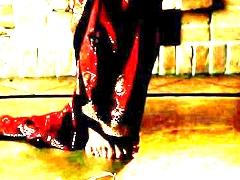 Gorgeous skinny Indian teen erotic dance &amp_ finger-fucking
